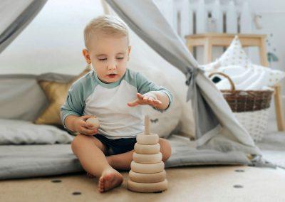 Piramidka drewniana